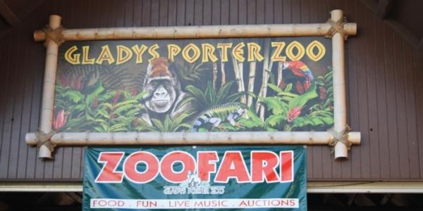 Gladys_Poter_Zoo_01